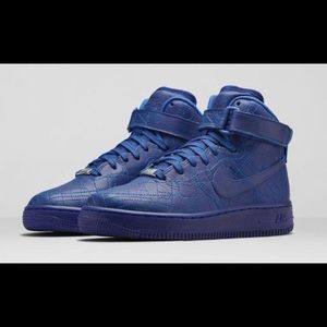 NIKE Air Force 1 Limited Ed. Paris Collection - 7